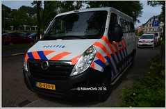 Dutch Police Opel Prison Van. (NikonDirk) Tags: politie police nikondirk netherlands nederland opel movano den haag haaglanden hgl holland dutch cops cop hulpverlening cellenbus cellen bus foto 1trj58 jd420v