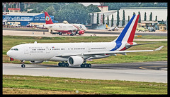France Air Force Airbus A330-200 240 Bangalore HAL (VOBG) (Aiel) Tags: franceairforce francegovernment airbus a330 a330200 240 bangalore canon400d sigma70300 kingfisher mallya a319 privatejet corporate