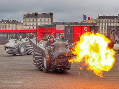 Fire with serpents (jon sarriugarte) Tags: empireofdirt formreform jonsarriugarte lamachine lesmachine makerfaire nantes serpenttwins