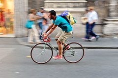 An eye for colour (jeremyhughes) Tags: vehicle bike outdoor nikon d750 sigma 50mm 50mmf14 rome viadelcorso street urban cyclist bicycle cycling riding rider tenspeed backpack colour color colourful colorful motion speed movement road pastel