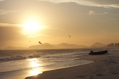 thumb_IMG_3826_1024 (erikahollander) Tags: beach rio beachlife summer sun sunset yellow sunrise sea ocean water sand city kitesurf kite landscape