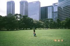 36570023 (Matsuki Narishige) Tags: film tokyo japan analog 135mm contax biogon 28 28mm g1 contaxg1 kodak portra 400