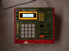 _0040422 (ghostinmpc) Tags: mpc3000 akai ghostinmpc sampler drummachine