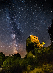 Milky Way rises over the 4-3 BC fortress. (Vagelis Pikoulas) Tags: milky milkyway way long exposure summer 2016 castle fortress space night nightscape stars star universe galaxy old porto germeno greece europe archaelogical archaeology architecture vilia