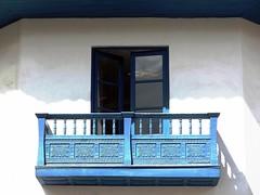 Balcn 1, Cusco. (German Galvez) Tags: door window latinamerica southamerica cuzco ventana puerta cusco per finestra porta balconies balcones qosqo dwwg
