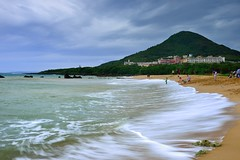 Enjoy waves@- (Vincent_Ting) Tags: blue sea rocks waves taiwan  formosa   kenting        silkywaves