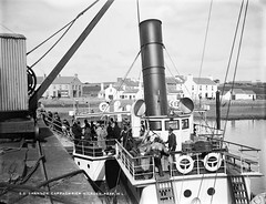 S.S. Shannon (National Library of Ireland on The Commons) Tags: ireland liverpool clare ship bell crane ships tracks luggage passengers crew birkenhead funnels ropes trunks decks steamer telegraph munster gangplank engineers gangway glassnegative lifebelts kilrush seacombe dockroad robertfrench williamlawrence nationallibraryofireland johnhwilsonco lawrencecollection johnhwilson ssshannon cappaghpier