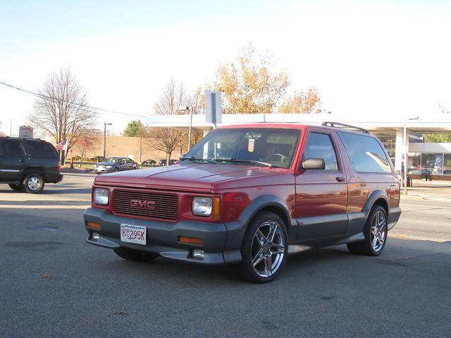red truck nice gm awesome jimmy fast want rims suv omg quick rare gmc awd typhoon 43 liter v6 turbocharged highperformance muslcecar instantclassic tubro syclone gmctyphoon turbov6