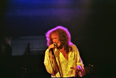 Lou Graham of Foreigner 78' (dmanweller) Tags: music usa newmexico rock live performing albuquerque pit arena lou roll rocknroll nm graham unm thepit foreigner mickjones lougraham