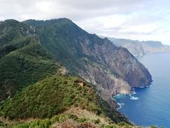 Levada do Canial - Boca do Risco - Machico (WalkMe | Levadas Madeira) Tags: landscape hiking walk viewpoint madeira levada machico canial