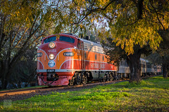 choochoo (Lisa Ouellette) Tags: california winter holidays afternoon trains polarexpress sacramento oldsacramento southernpacificlines x6051