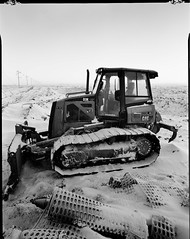 snowydozer (Martin<3s4x5) Tags: camera bw canada film 35mm lens for frozen nikon with view 5 south 14 rear perspective large delta f45 iso moonrise shutter scanned epson sw 4x5 sheet format f22 100 universal vs 20mm regina saskatchewan monorail rise 4800 sec developed rapid bit ilford exposed 48 perfection minutes 115 pq toyo dpi marshlands 75mm fixer effective copal 45f 4490