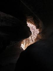 """Le désert d'Atacama: la caverne de sel de la Valle de la Luna <a style=""""margin-left:10px; font-size:0.8em;"""" href=""""http://www.flickr.com/photos/127723101@N04/28606559634/"""" target=""""_blank"""">@flickr</a>"""