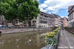 La Petite France, Strasbourg (Stephan Neven) Tags: strasbourg ill water quaidesmoulins unesco worldheritage placebenjaminzix france flower centre city tree house grandele cityscape