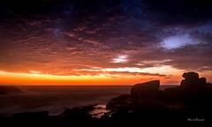 A Alvorada em Rio das Ostras - Rio de Janeiro (mariohowat) Tags: riodejaneiro natureza nascerdosol amanhecer alvorada sunrise riodasostras brazil brasil longaexposio
