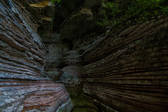 Brent de l'Art (Agnolo) Tags: nikon d7100 1685 nikkor veneto belluno sanantoniotortal valbelluna brentdelart canyon torrente caves grotta strati layers rocce geologia rocks geology