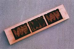 08950013-16 (jjldickinson) Tags: olympusom1 fujicolorsuperiaxtra400 roll395 promastermcautozoommacro2870mmf2842 promasterspectrum772mmuv kilroyairportcenter parkinggarage print printmaking card laserengraving cherry wood woodblock carving mokuhanga longbeach