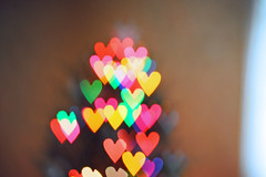 Day 305: Bokeh Hearts (emlavieriscull) Tags: christmas blur color tree lens hearts bokeh creative shape project365