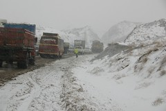 Road (Reza-ir) Tags: road winter snow iran police جاده برف زمستان ايران، پليس خراسانرضوي khorasanraszavi