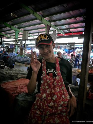 travel b party people k thailand asia southeastasia market bangkok m celebrate th bkk wholesale 曼谷 กรุงเทพฯ 泰国 ประเทศไทย khlongtoei lumixgvariopz1442f3556 zzunsorted