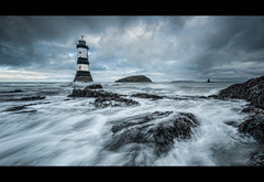 PENMON LIGHTHOUSE [ explored ] (wilsonaxpe) Tags: lighthouse wales angelsey blackpoint penmon stormysea penmonlighthouse dramaticseascape wilsonaxpe