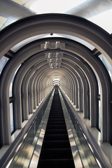 Escalator to the sky (mic00l) Tags: sky building tower sigma osaka japon umeda 18250mm préfecturedosaka