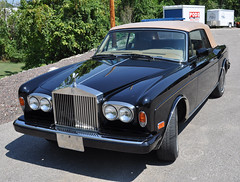 "1980 Rolls Royce Corniche • <a style=""font-size:0.8em;"" href=""http://www.flickr.com/photos/85572005@N00/8346380914/"" target=""_blank"">View on Flickr</a>"