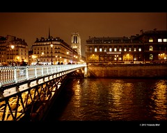 Paris by night (Yolanda Miel) Tags: bridge paris france night europe cathedral notredame iledelacité laseine pontdarcole mygearandme mygearandmepremium mygearandmebronze yolandamiel flickrstruereflection2 flickrstruereflection3 bestevercompetitiongroup