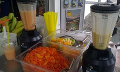 "Smoothie Catering beim ADAC • <a style=""font-size:0.8em;"" href=""http://www.flickr.com/photos/69233503@N08/8447768272/"" target=""_blank"">View on Flickr</a>"