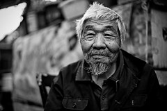 An old man with white hair (snowpine) Tags: street streetphotography streetportrait people portrait candid china chinese oldman bw blackandwhite blackwhite