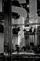 Reflections in Leiden (Mr.White@66) Tags: monochrome bw blackandwhite office window reflections reflessi people shadows shade light interior street scene streetscene urban urbanphotography