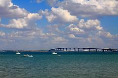 Ile of R's bridge (N.Hell) Tags: bridge pont r le france paysage landscape eau water sea mer ciel sky nuage cloud boat bateau ship navire port harbour seaside littoral