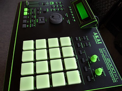 _0040220 (ghostinmpc) Tags: akai mpc2000xl ghostinmpc custommpc 16pads