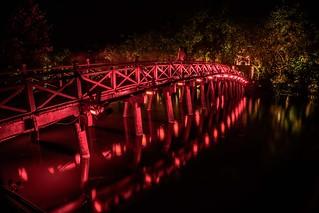 Hồ Hoàn Kiếm by night