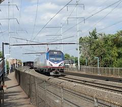673-Elizabeth-NJ-13-9-2016 (D1021) Tags: 673 amtrakacs64 acs64electriclocomotive siemens amtrak railroad loco locomotive njt njtransit newjerseytransit amtraksnortheastcorridor northeastcorridor nec pennsylvaniarailroad america usa elizabeth elizabethnj nj newyork