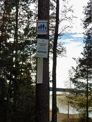 Naturist sign - Lvnsbadet at the lake Yngern (Flicker Classic Person) Tags: yngern lvnsbadet beach strand sdertlje nykvarn sweden sverige safe 2016 trees signs sign lake fishing fkk nudist naturist