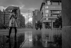 Manchester. (Keith Vaughton) Tags: keithvaughton streetphotography x100t fujix100t manchester monochrome rain