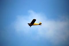A plane flies over Manasquan Beach. (apardavila) Tags: jerseyshore manasquan manasquanbeach plane sky smallplane