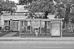 Pasajera (Campanero Rumbero) Tags: warsow varsovia polland polonia day dia travel turismo trip street calle city ciudad pasajera estacion station paradero parada monocromo bn europe europa