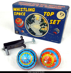 Marx Whistling Space Tops (toytent) Tags: whistling spacetop spinningtop vintagetoy spacetoy marxtoys nasatoy libertybell freedom projectmercurynasamercury madeinjapan toytent3880 toytentcom vintagetoysforsale satellite