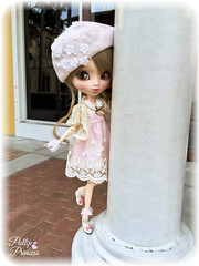 Out On The Town (Pullipprincess) Tags: pullip pullips pullipcallie callie doll dolls cute kawaii outdoor pretty pink groove grooveinc jpgroove junplanning