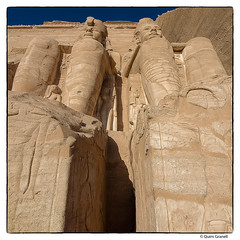 (2351) Abu Simbel Temple (Egypt) (QuimG) Tags: egipte egypt egipto abusimbeltemple art architecture arquitectura golden olympus quimg quimgranell joaquimgranell afcastell specialtouch obresdart