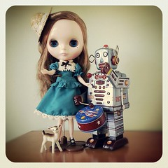 My Day - Very Vicky Blythe meets Robot Drummer