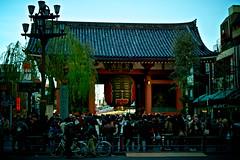 """Kaminarimon Gate (Furaijinmon Gate) of """"Senso-ji"""" (xio_olx) Tags: japan temple sensoji tokyo  asakusa paperlantern eos1d  kaminarimon chochin    canonef2470mmf28l edomoji"""