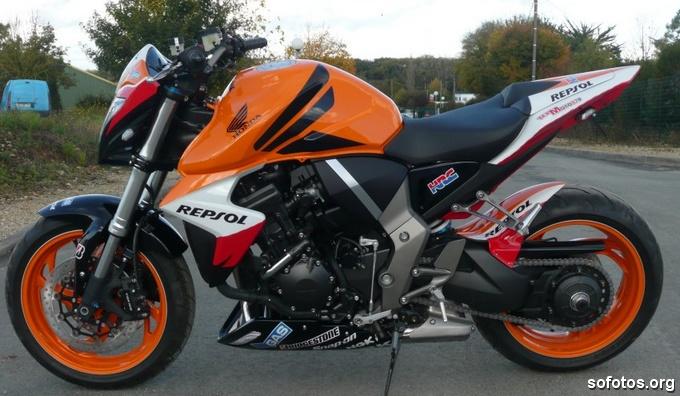 Honda CB 1000R Repsol