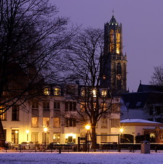 Home Sweet Home (Noutyboy) Tags: winter light snow cold tower netherlands night canon dark stars eos 50mm frozen europe utrecht domtoren darkness nightshot nacht toren dom nederland thenetherlands dome f18 januari donker 550 lepelenburg nout 2013 550d lepelenburgpark eos550d noutyboy