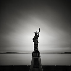 Faux Lady (Michael Salmela) Tags: seattle longexposure bw statue replica westseattle alkibeach statueofliberty washingtonstate ladyliberty nd110