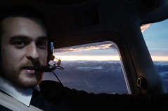 Sunrise in the cockpit (LuisJouJR) Tags: sunrise nightflight ocasos