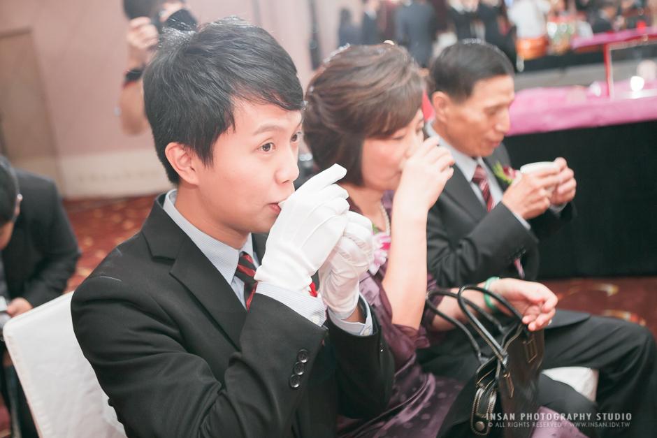 wed20121109_0242