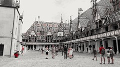 Gathering at the central court (anastigmatz) Tags: hospices civils de beaune photographer bourgogne france linecamera august 14 2016